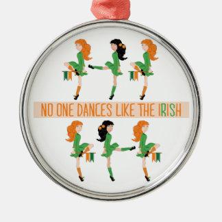 Tanz mögen Iren Silbernes Ornament