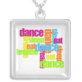 Tanz-Notwendigkeiten Versilberte Kette