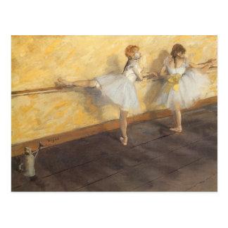Tänzer, die am Barre durch Edgar Degas üben Postkarte