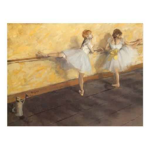 Tänzer die am Barre durch Edgar Degas üben Postkarte