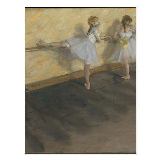 Tänzer, die am Barre - Edgar Degas üben Postkarte