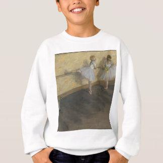 Tänzer, die am Barre - Edgar Degas üben Sweatshirt