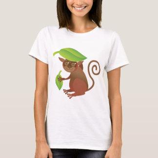 Tarsier, das unter einem grünen Blatt sich T-Shirt