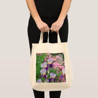 Tasche mit blauer Iris u. rosa Azaleen