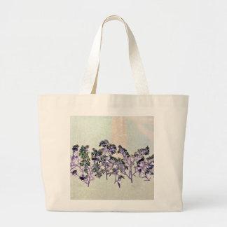 Tasche mit Blumenentwurf