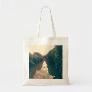 Tasche mit Fluss-Foto