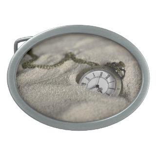 Taschen-Uhr - die Sande der Zeit Ovale Gürtelschnalle
