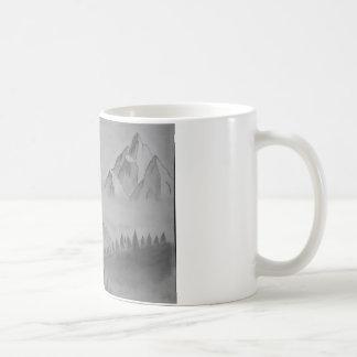 Tasse mit Bergen