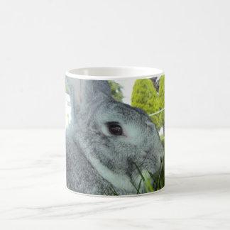 Tasse mit Kaninchen - seltene