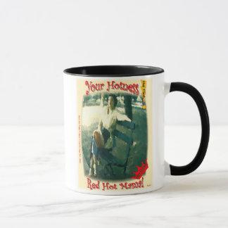 Tasse mit Vintagem künstlerischem Rot - heiße