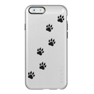 Tatzendrucke einer Katze Incipio Feather® Shine iPhone 6 Hülle