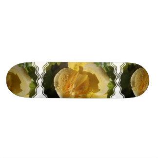 Tau-Tropfen-Gelb-RoseSkateboard Personalisiertes Skateboarddeck