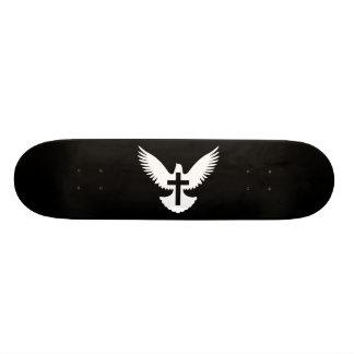 Taube mit Kreuz Skateboard