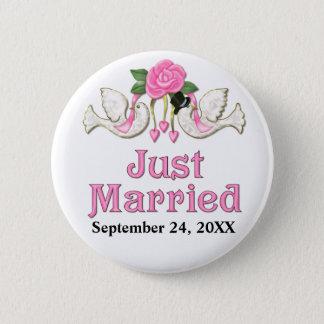 Taube u. Rose - gerade verheirateter T - Shirt Runder Button 5,7 Cm