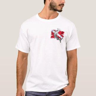 Tauchenflagge mit Hammerhai Haifischtaucher unten T-Shirt