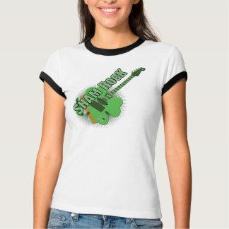 Täuschungs-Felsen-St Patrick Tag T-Shirt