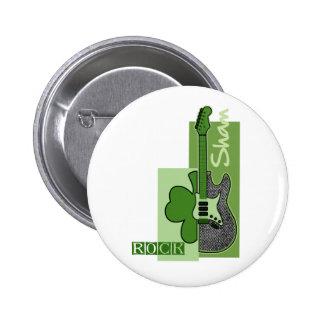 Täuschungs-Felsen. St Patrick Tagesgeschenk-Knöpfe Runder Button 5,1 Cm