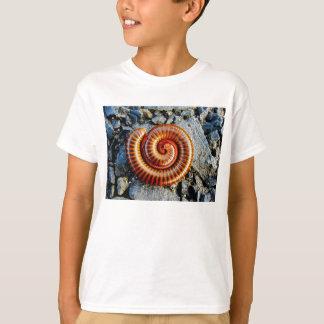 Tausendfüßer Trigoniulus Corallinus gekräuselter T-Shirt