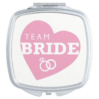 Team-Braut-Herz-Rosa schellt die Wedding Schminkspiegel
