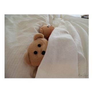 Teddy-Bären, die im späten Postkarten-Foto Postkarte