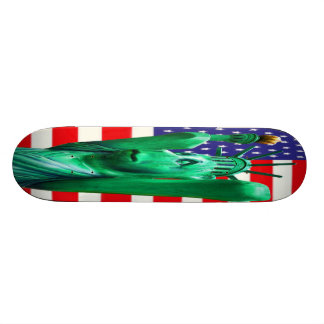 Teddybär, Freiheitsstatue u. USA-Flagge (4) Personalisiertes Skateboarddeck
