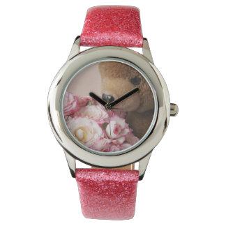 Teddybär riecht die Rosen-Glitteruhr Armbanduhr