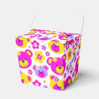 Teddybärngesichter und gemusterte Geschenkboxen Geschenkkartons