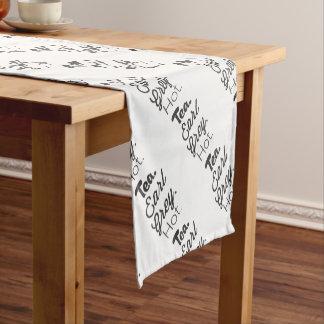 Tee - Graf-graues heißes Kurzer Tischläufer