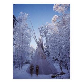 Teepee im Winter Postkarte