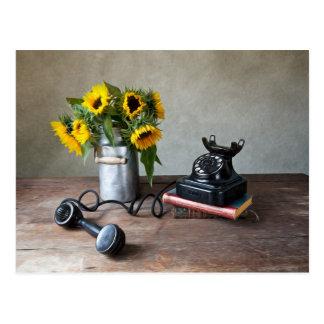 Telefon und Sonnenblumen Postkarte