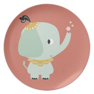 Teller trinkt circus elefant