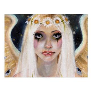 Temperamentvolles weg - blonder Engel mit einer Postkarte
