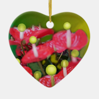 Tennis mit roten Blumen Keramik Herz-Ornament