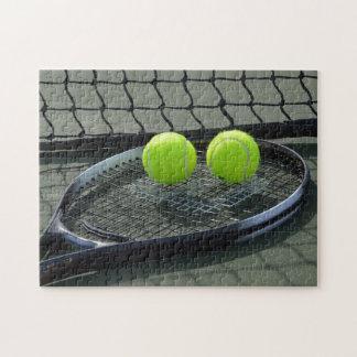 Tennisplatz-Schläger u. Tennisbälle Puzzle