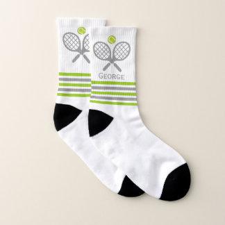 Tennisschläger und grüne und graue Streifen des Socken