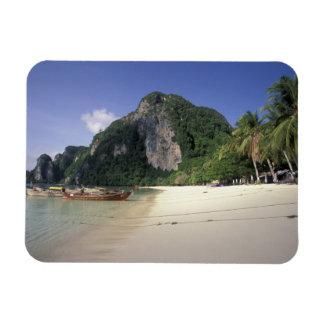 Thailand, Andaman Meer, Ko Phi-Phi-Insel, Strand Eckiger Magnet