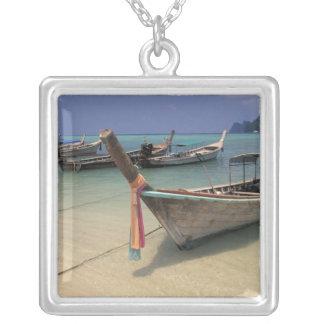 Thailand, Andaman Meer, Ko Phi-Phi-Insel, Versilberte Kette