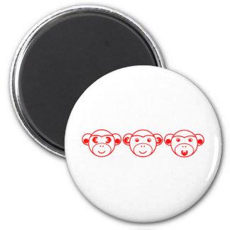 Three Unwise Monkeys (Euro, red) Runder Magnet 5,7 Cm