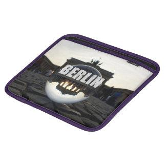 Through the crystal ball, Brandenburg Gate Sleeve Für iPads