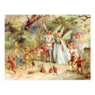 Thumbelinas Hochzeit im Wald Postkarte