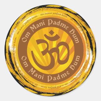 Tibetanische Beschwörungsformel mit Om-Symbol Runder Sticker
