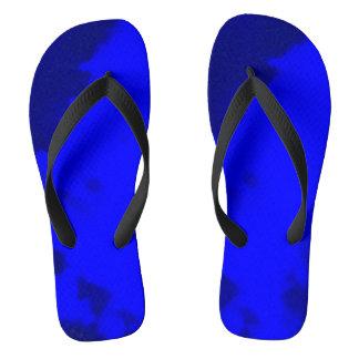 tiefes Blau dreht Reinfälle durch Dal um Flip Flops