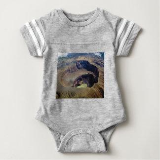 tiefes Teichwasser Baby Strampler
