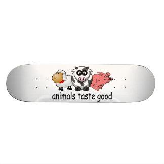 Tier-Geschmack gut - lustiger Fleisch-Esser-Entwur Bedrucktes Skateboard