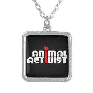 Tieraktivist Halskette Mit Quadratischem Anhänger