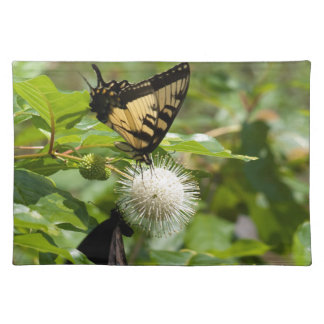 Tiger-Frack-Schmetterling auf Wildblume Stofftischset