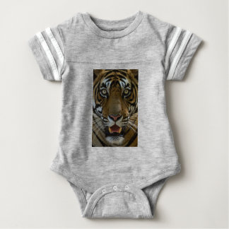 Tiger-Gesichts-nahes hohes Baby Strampler