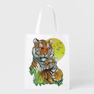 Tiger mit wiederverwendbarer Einkaufstüte CUBs Wiederverwendbare Einkaufstasche