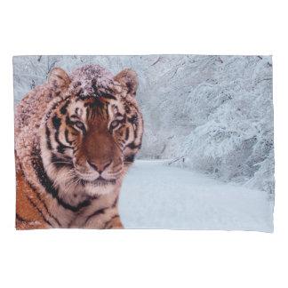 Tiger und Schnee Kissen Bezug