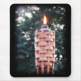 Tiki Fackel - Bambusfackel im Freienmit Flamme Mousepad